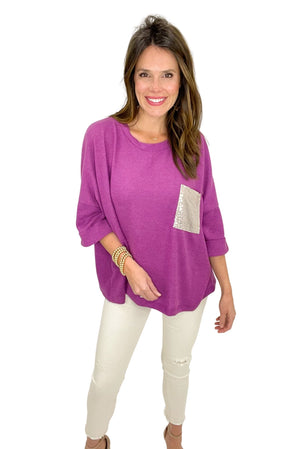 Load image into Gallery viewer, magenta relaxed top w/ sequin pocket, off white skinny jeans, spring tops, shop style your senses by mallory fitzsimmons