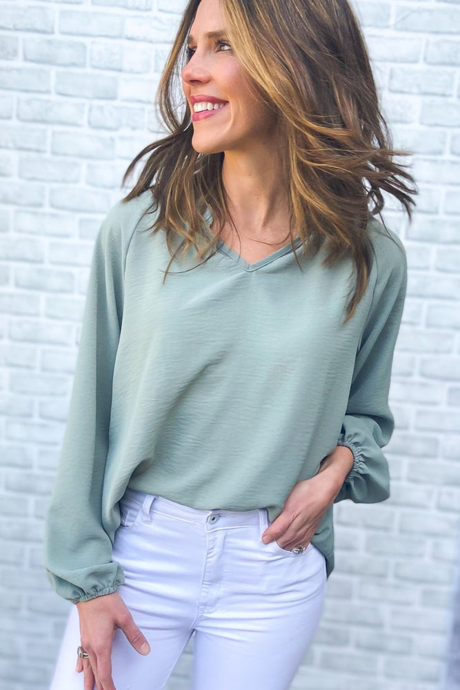 sage v neck long puff sleeve top, white skinny jeans, work to weekend, spring tops, shop style your senses by mallory fitzsimmons