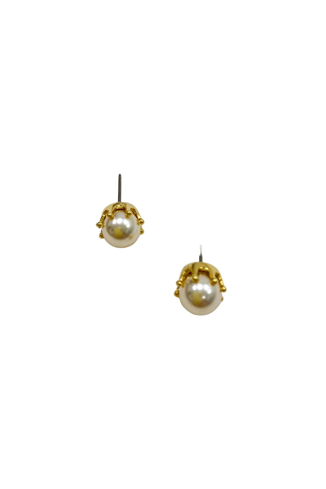 Load image into Gallery viewer, Pearl Studs w/ Gold Setting