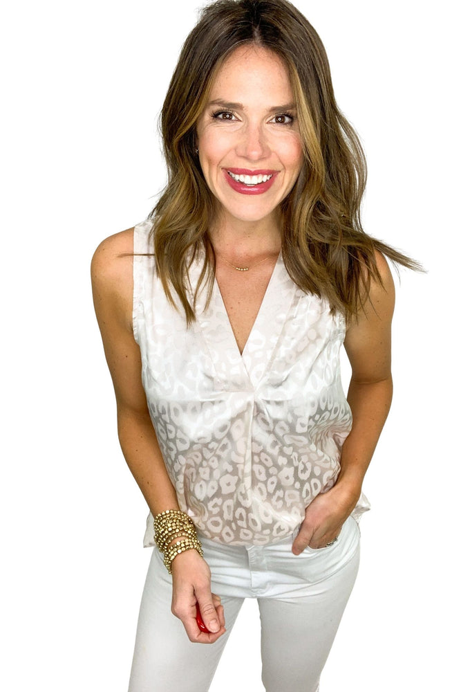 ivory monochromatic animal print sleeveless top, white skinny jeans, work to weekend, spring tops, shop style your senses by mallory fitzsimmons