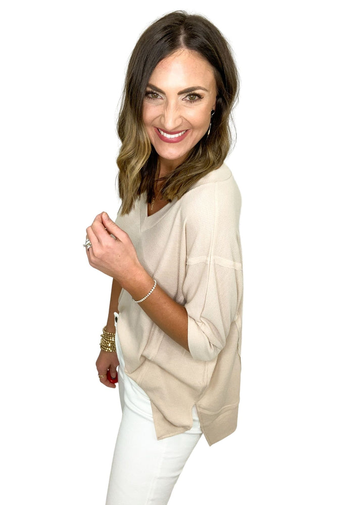 taupe oversized v neck top with side slits, white skinny jeans, spring tops, shop style your senses by mallory fitzsimmons