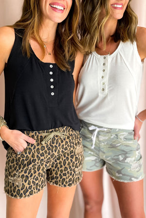 black button front tank with exposed hem, summer tanks, closet staples, shop style your senses by mallory fitzsimmons