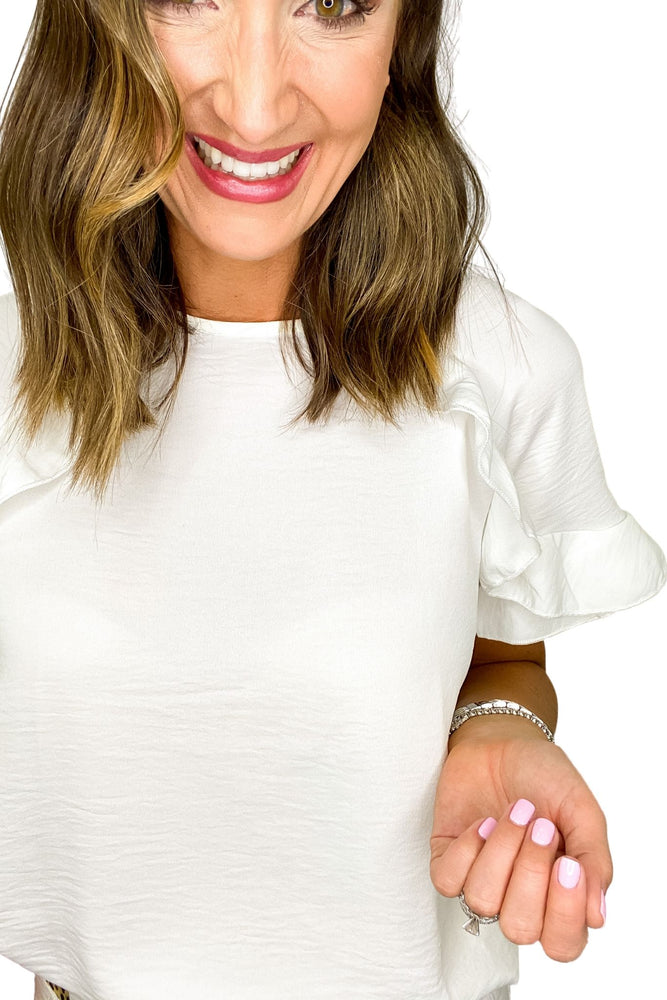 White Short Sleeve Round Neck Top w/ Ruffle Details