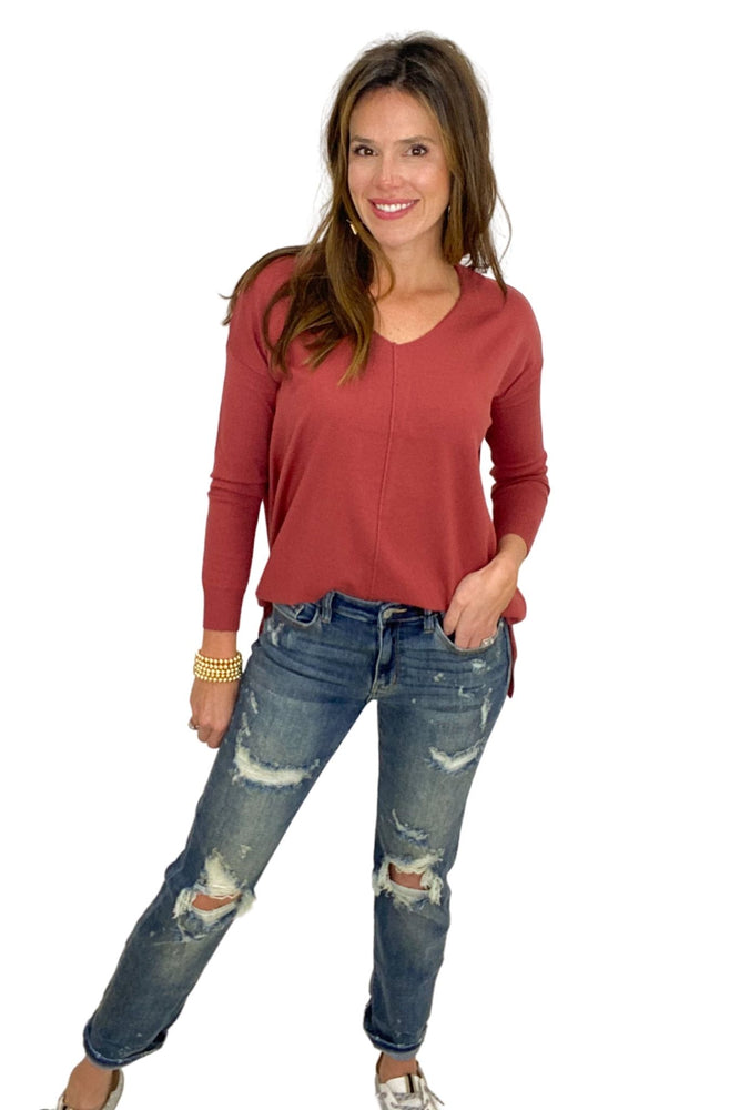 spice lightweight v neck sweater, boyfriend jeans, spring sweater, shop style your senses by mallory fitzsimmons