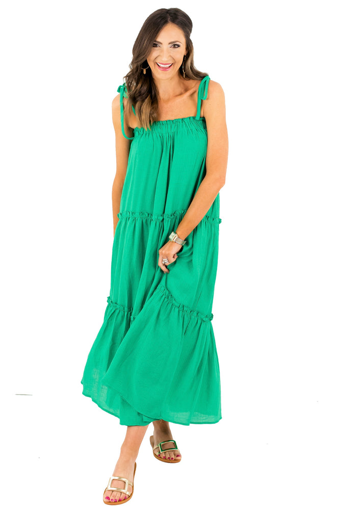 shop-style-your-senses-by-mallory-fitzsimmons-st-patricks-kelly-green-maxi-dress-spring-summer-womens-affordable-fashion