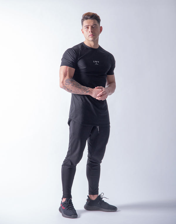 LÝFT Slim Fit T-Shirt - Black