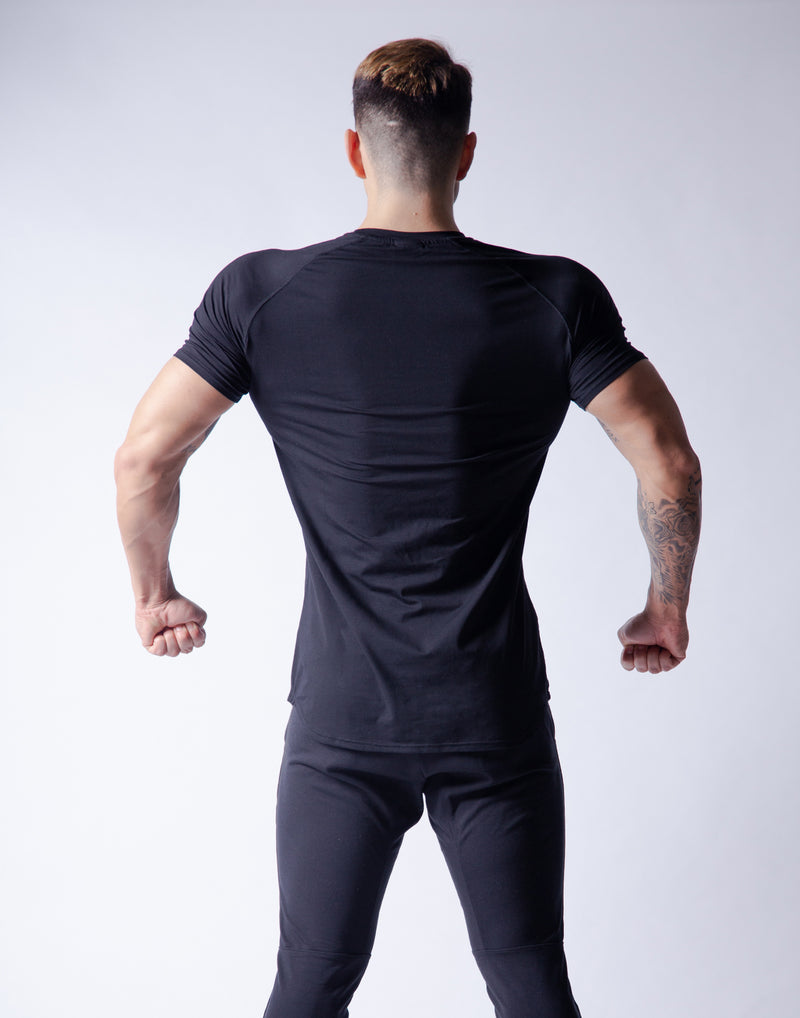 Ý Slim Fit T-Shirt - Black