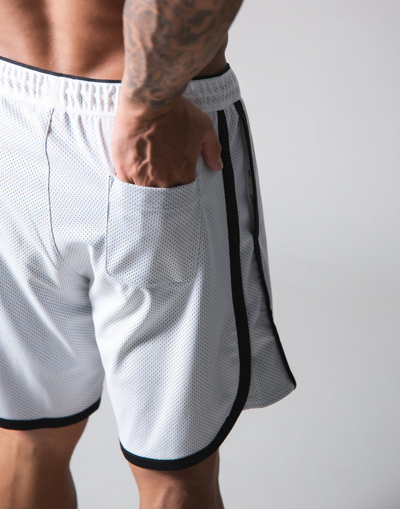 Wide Mesh Shorts - White