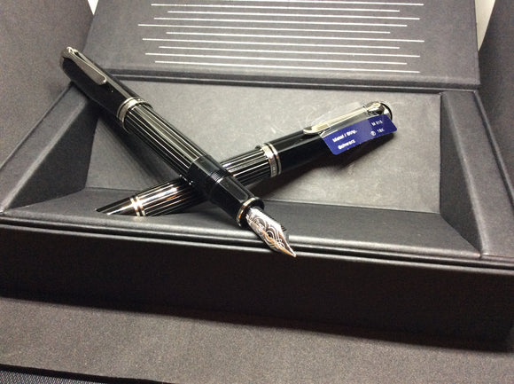 Pelikan M815 Metal Fountain Pens!