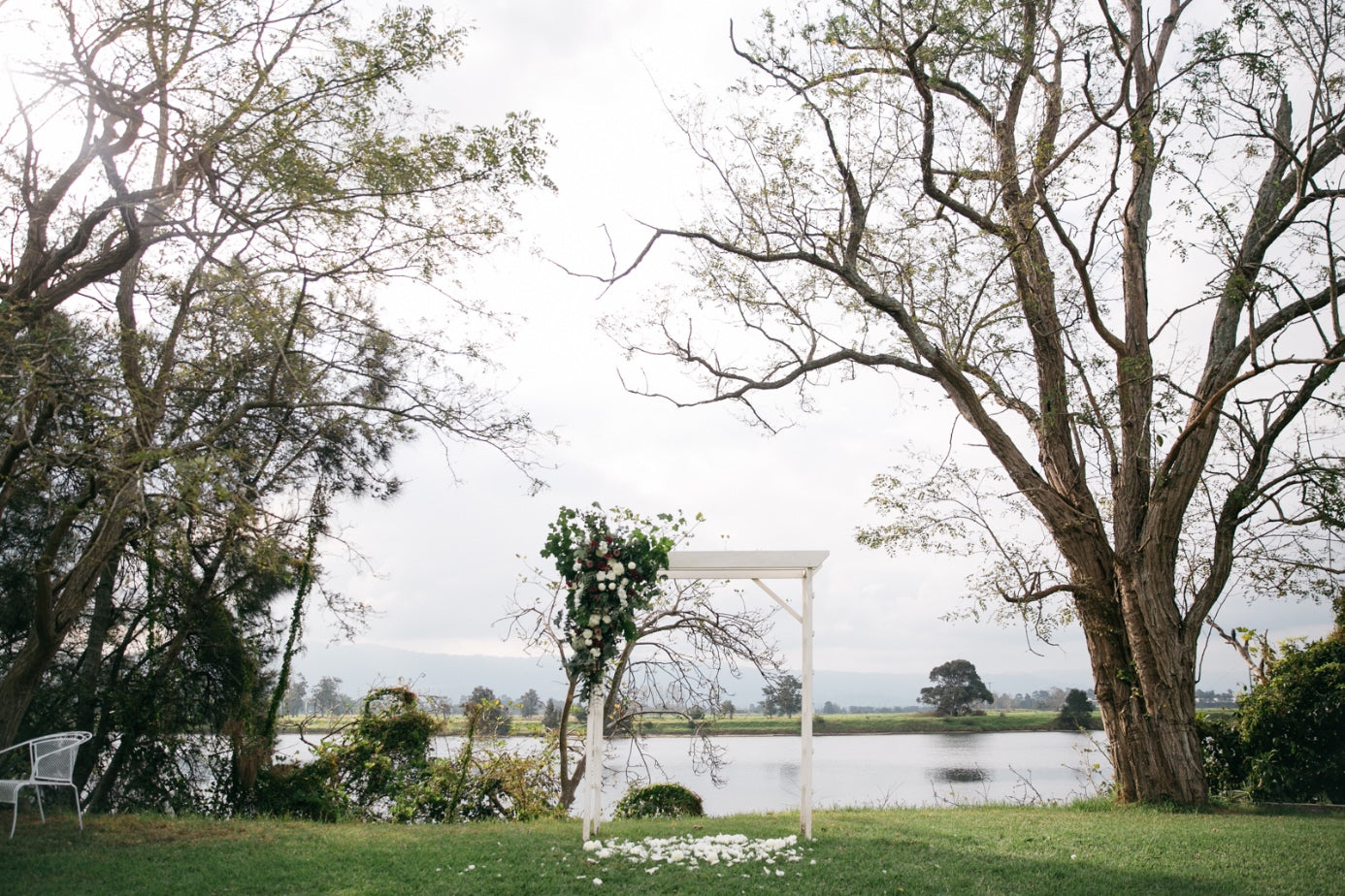 April & James: Terara Riverside Gardens, Featured on White Mag