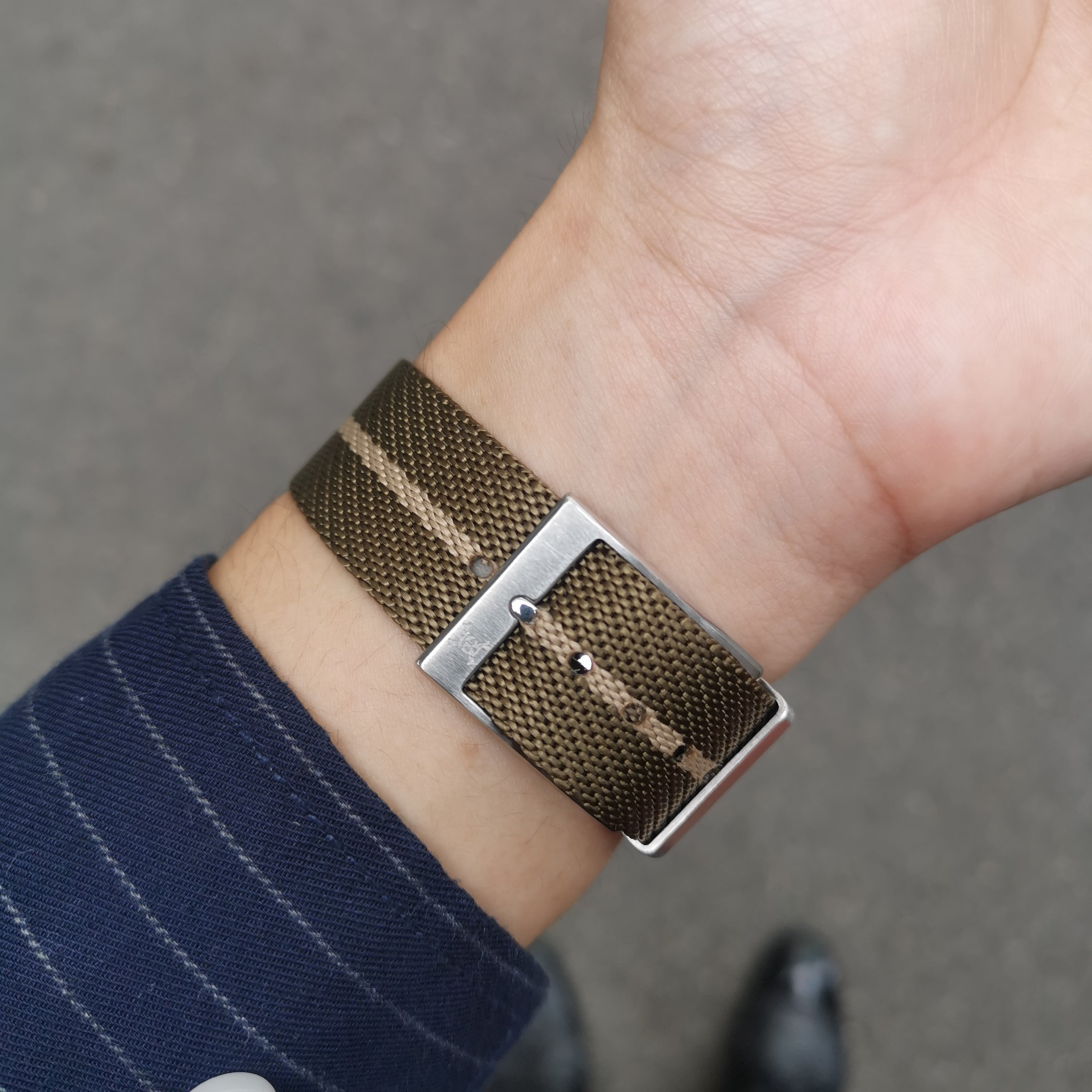 Mocha with beige stripes - Woven strap