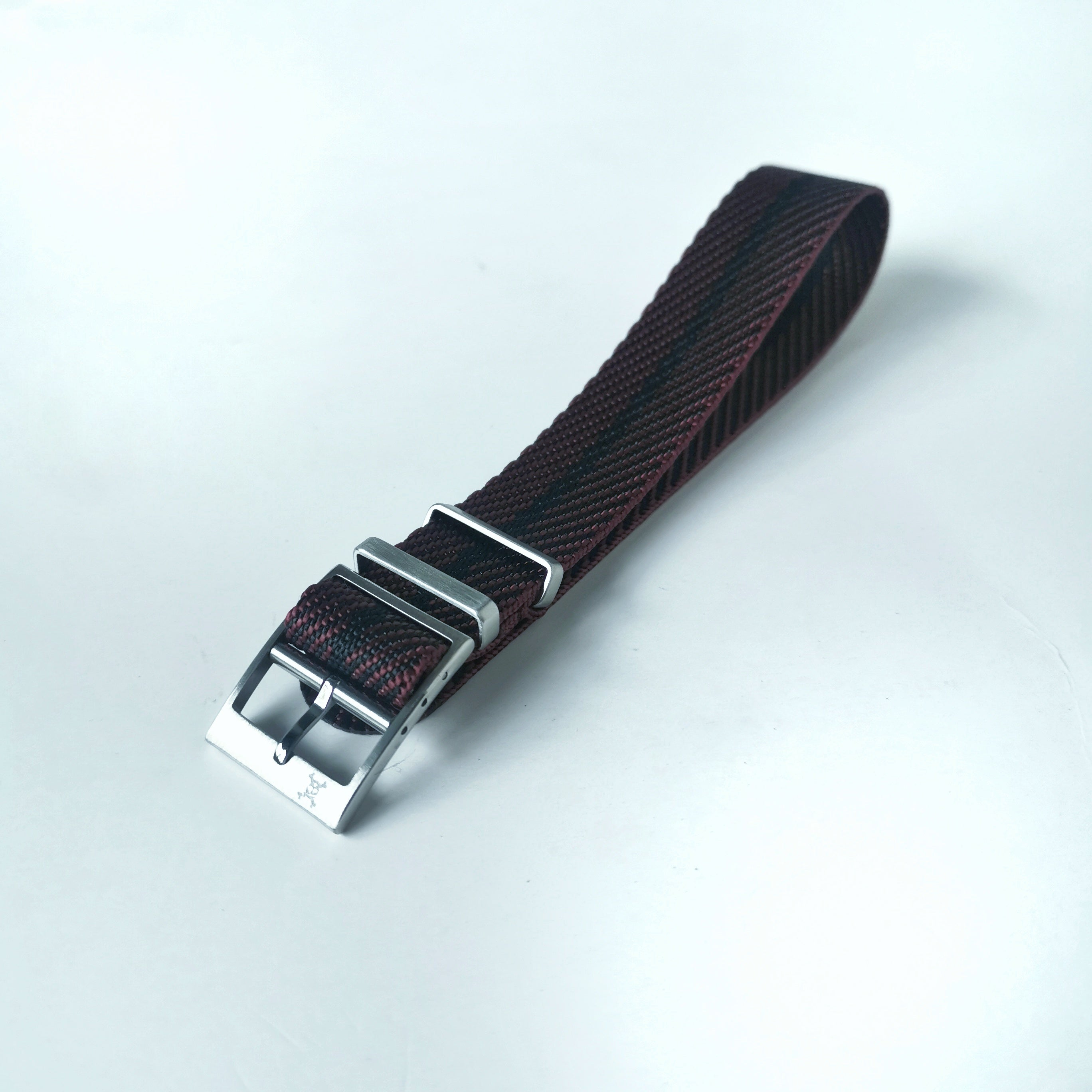 Grey with light grey stripes - Woven strap