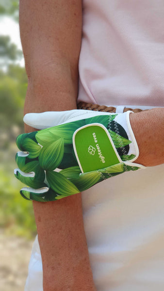 How to care for your golf glove?