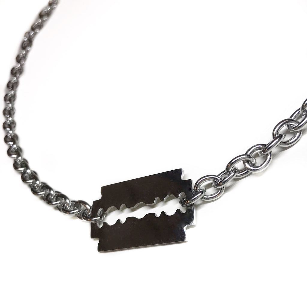 RAZOR NECKLACE