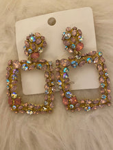 Load image into Gallery viewer, Rhinestone and Crystal earrings