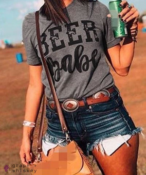 Beer Babe Women's Short Sleeve T-Shirt - XL - Grape and Whiskey