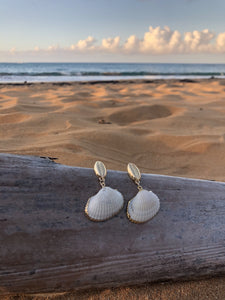 Kadi Gold Shell Drop Earrings