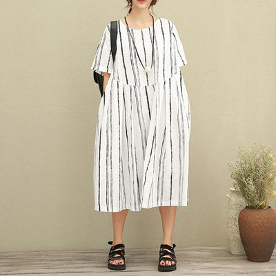 Literature Round Neck Short Sleeve Black And White Stripe Loose Women Dress - Buykud