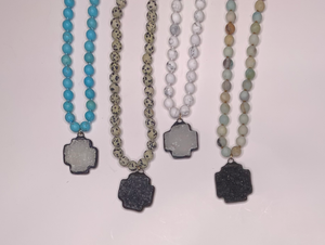 Short beaded necklaces