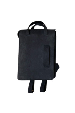 Muskox leather woman's backpack in Black