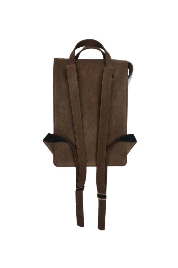 Muskox leather woman's backpack in Chocolate