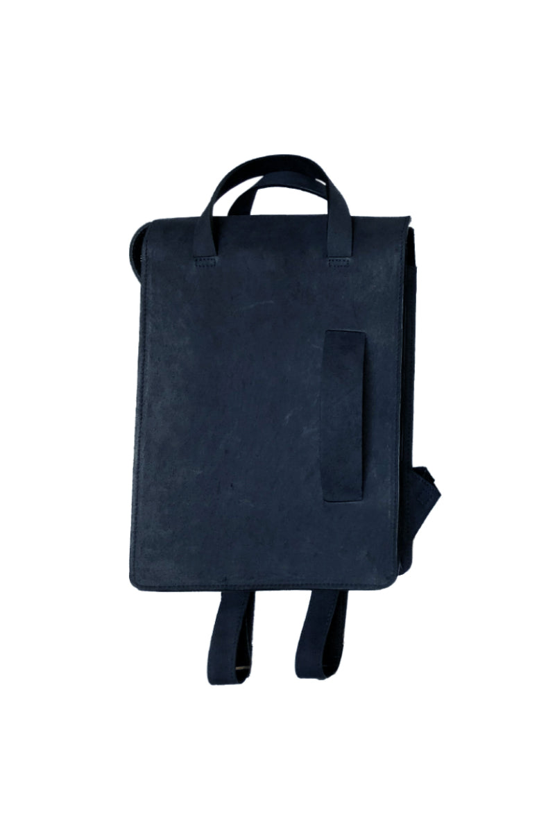 Muskox leather woman's backpack in Navy