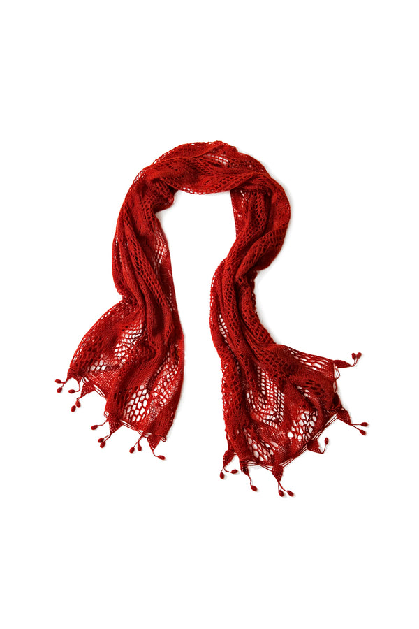 Qiviuk Caridad shawl in red by Qiviuk Boutique
