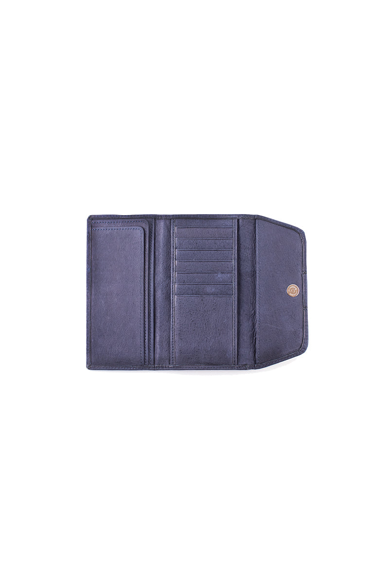 Muskox leather Carmin ladies wallet in blue open view by Qiviuk Boutique