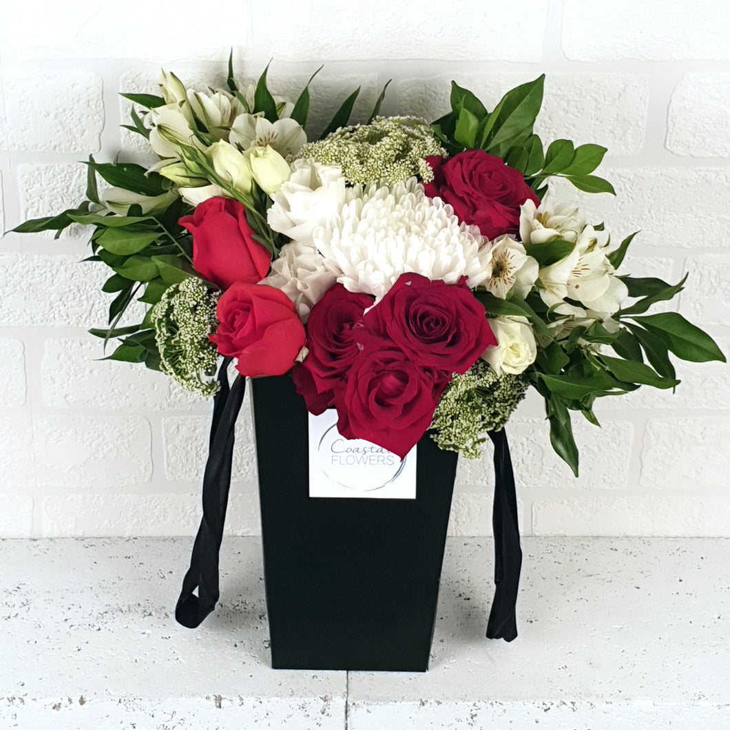 Rose & Bloom Posy
