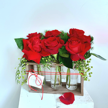 Load image into Gallery viewer, Roses Valentine's Day | Gold Coast