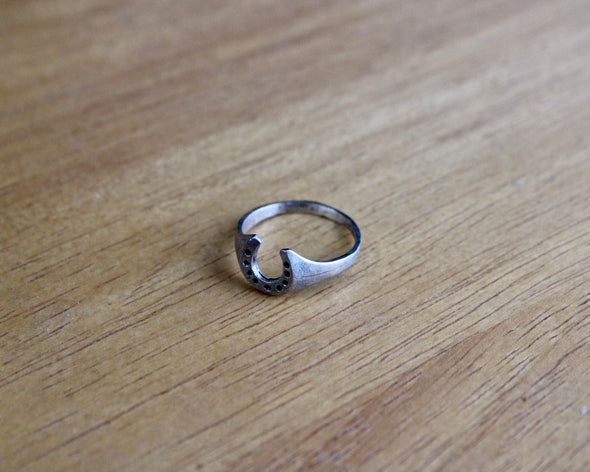 Silver Vintage Houseshoe Ring