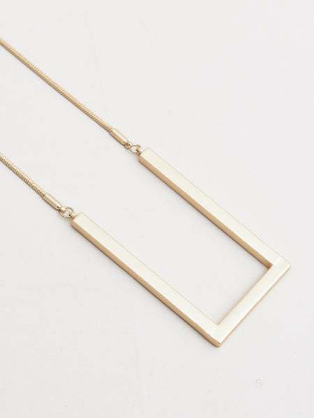 chester necklace gold