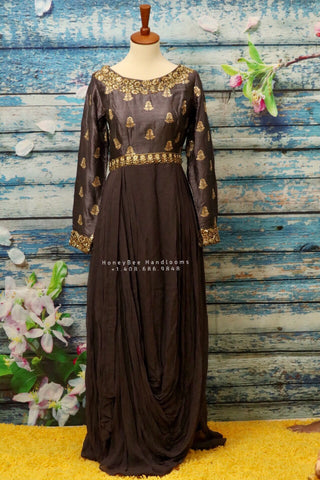 indo western top,cocktail kurta,layered pleated kurta,indian partywear,fusion style dresses,designer partywear dresses,fashionable