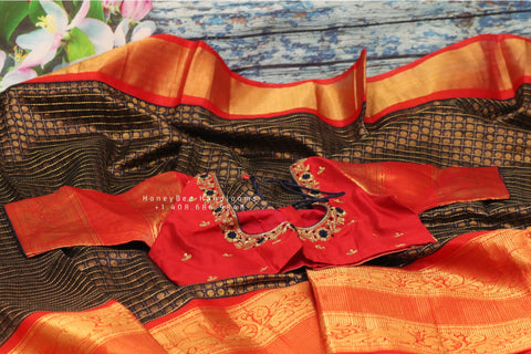 Lyte weight Pattu Sarees online,South Indian Sarees,Pure Silk Sarees,Kanjivaram Saree,kanchi pattu saree,Zari saree,Handloom saree - NIHIRA