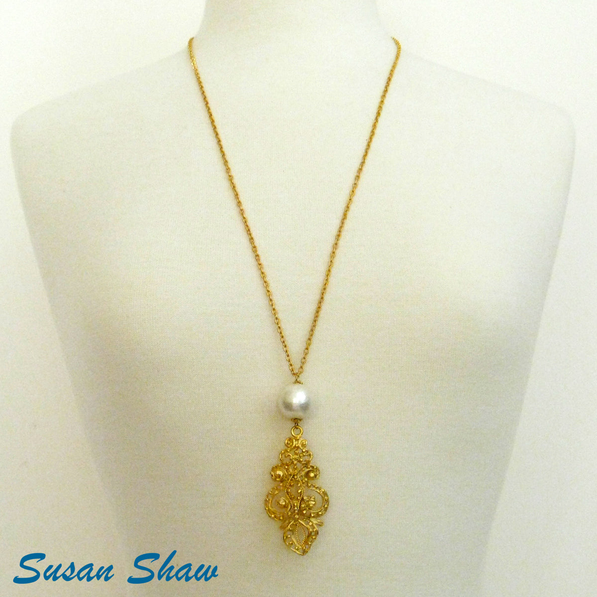 SUSAN SHAW FRENCH SCROLL DROP PEARL & CHAIN NECKLACE