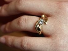 Load image into Gallery viewer, 14K Gold Two Leaves Ring