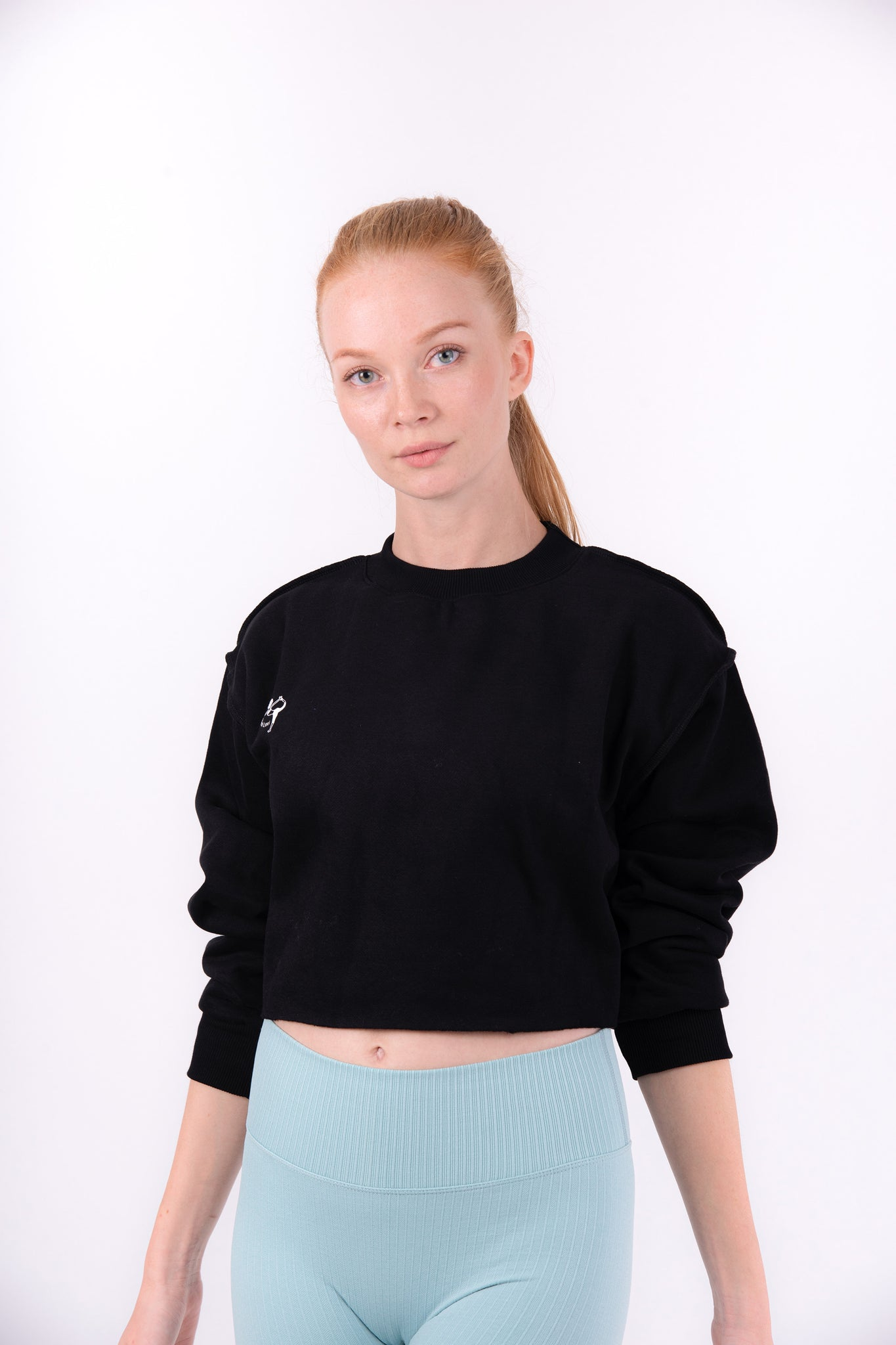 Black Flexi Sweat Crop