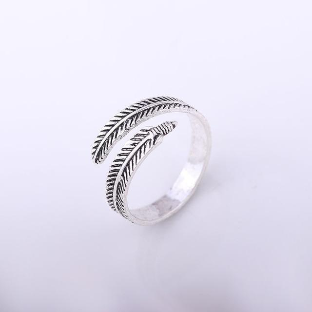 Adjustable Feather Wrap Ring - The Young Hippie