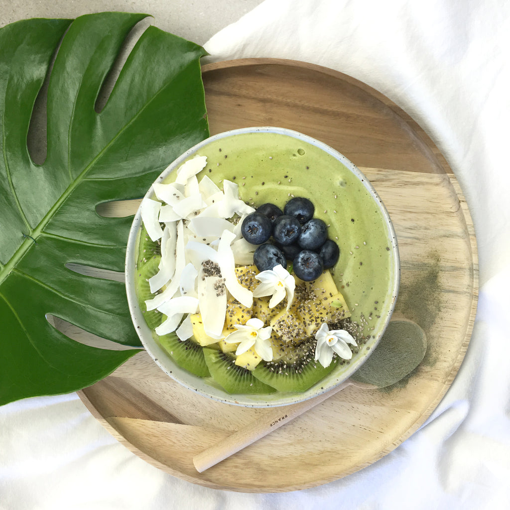 Best Collagen Smoothie Bowl Recipe - Island Green Smoothie Bowl