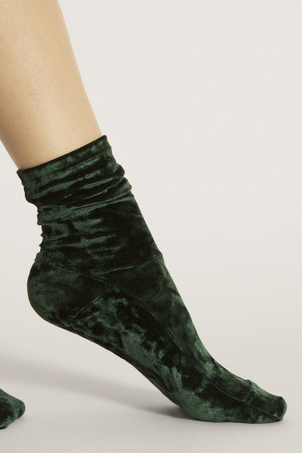Crushed Velvet Socks in Dark Green