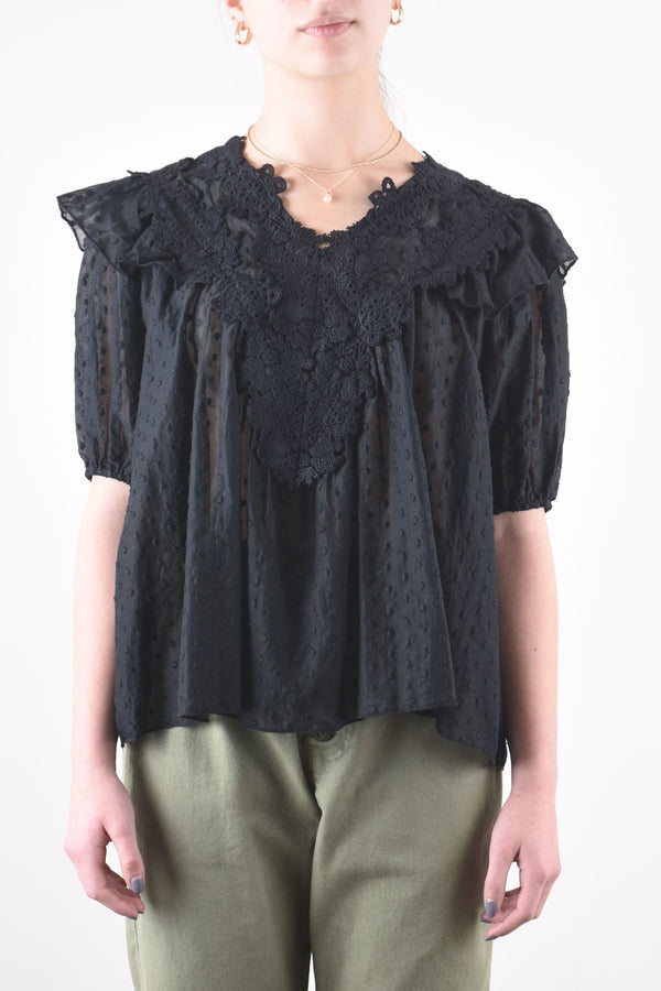 Lace Prim Top in Black