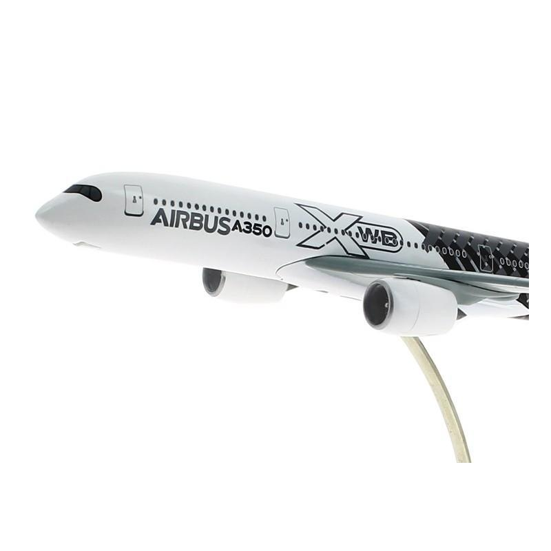 1:400 Airbus A350 XWB 'Carbon Livery' Model