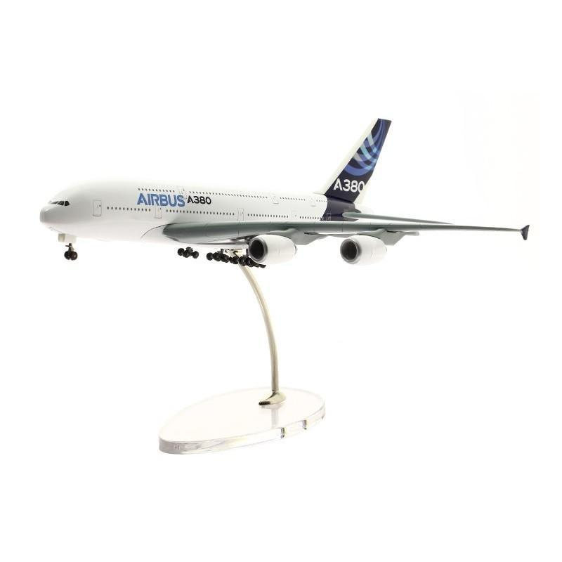 1:400 Airbus A380 Die-Cast Model