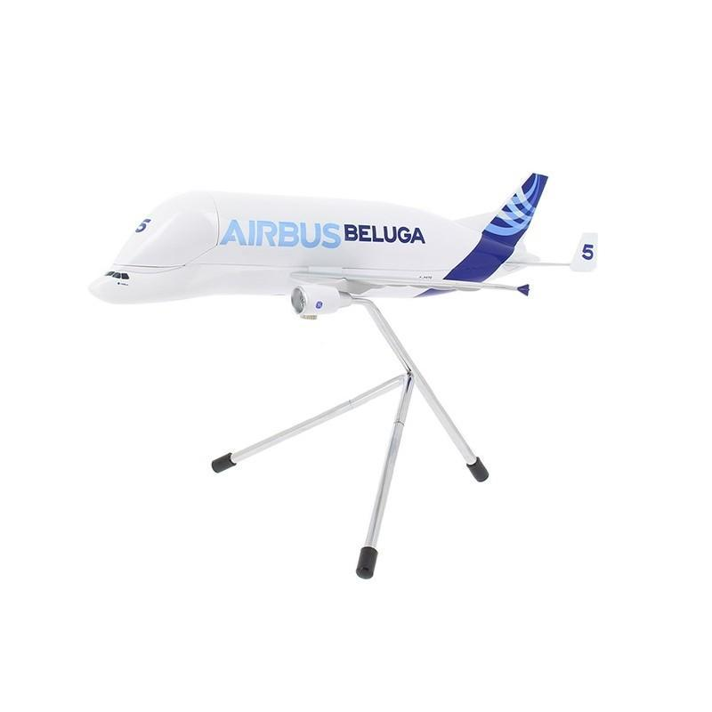 "1:200 Airbus Super Transporter ""Beluga"" Model"
