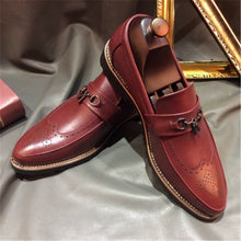Vintage Suits Are Breathable Men's Formal Shoes