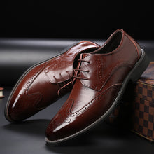 Large Size Relief Printing Gradient Men's Formal Shoes