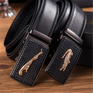 Genuine Leather Automatically Buckles a Man's Belt