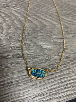 Dusty Blue Oval Pendant Necklace ne3541