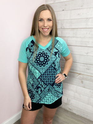 """Unbreakable"" Navy/Mint Paisley Vneck Short Sleeve Top"