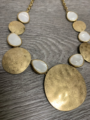 Gold/Quartz Necklace ne3267